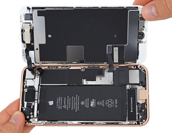 co nen nang dung luong pin cho iphone hay khong 1