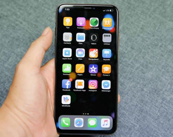 tinh trang iphone xs max bi treo khong tat may duoc